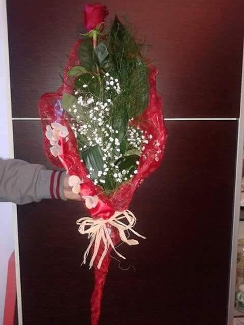 Consegna fiori a Salerno. Flora Salerno consegna fiori a domicilio.